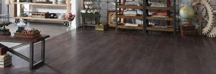 Wood flooring in Port Oak and Metropolis Smoke from Amtico.