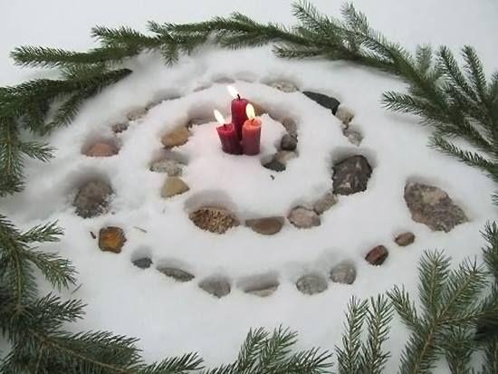 Solstice spiral. Image via tumblr.  make a great alter