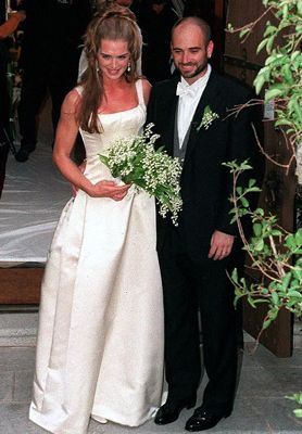 Andre Agassi married Brooke Shields on April 19, 1997 in Monterey, California. The wedding took place at St. John's Episcopal Chapel.