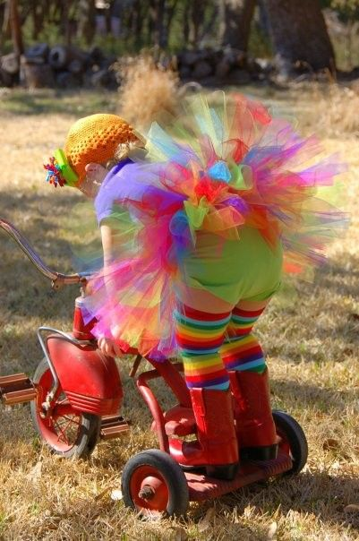 little girl rockin' her rainbow colors