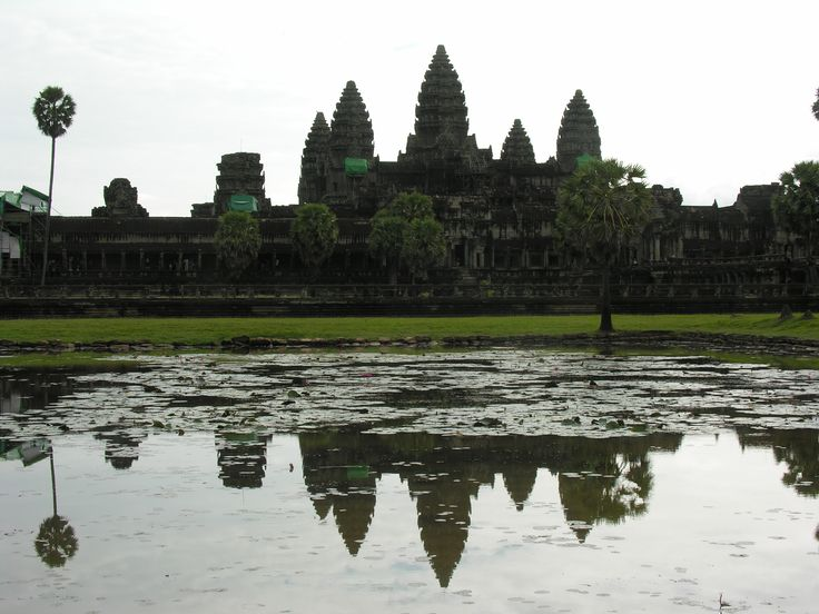 Explore and discover the true world of travel with the help of a professional Travel & Adventure Coach from Carry On Wandering #traveltips #adventuretravel #travelcoach #travelcompanion #adventurecoach #cambodia #roadtrip #photography #fun #travel #angkorwat