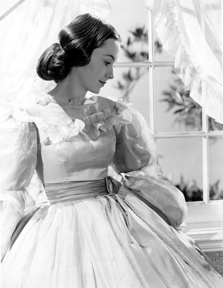 Melanie Wilkes (Olivia de Havilland) in Gone With the WInd