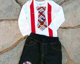 Mickey Mouse cumpleaños corbata y tirantes mono con pantalones