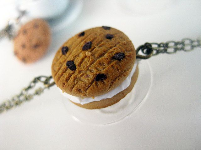 Butter Cookie with chocolate chips & filled with cream Bronze Bracelet _ Polymer Clay _ Food Jewelry _ Foodie Gift _ Cookie Collection by MarisAlley on Etsy