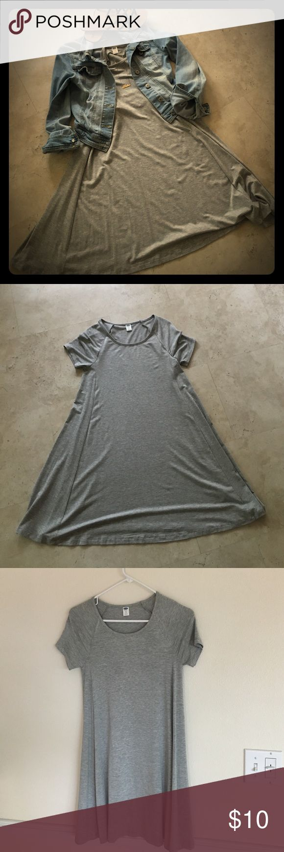 Comfy grey jersey tee dress Way comfortable jersey tee dress from Ild Navy. Only worn once. Super cute super cozy. Old Navy Dresses