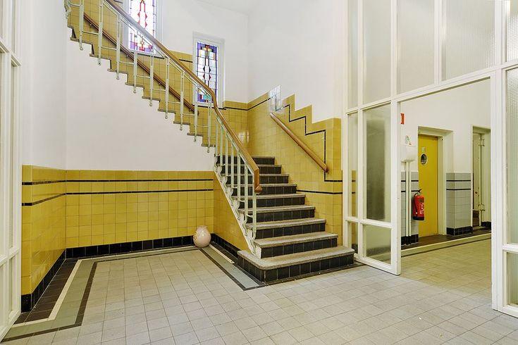 796 best jaren 20 jaren 30 woning tegels badkamers gang keuken images on - Deco gang huis ...