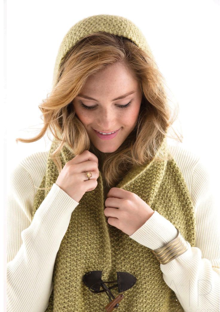 HOODED POCKET SCARF - Designed by Erica Schlueter, as featured in the Zealana AIR Chunky Pattern Book.