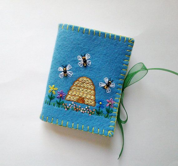 Wool Felt Needle Book, Sewing Needle Case, Embroidered Flower Needle Book, Felt Needle Holder, Beaded Needle Case, Felt Sewing Kit