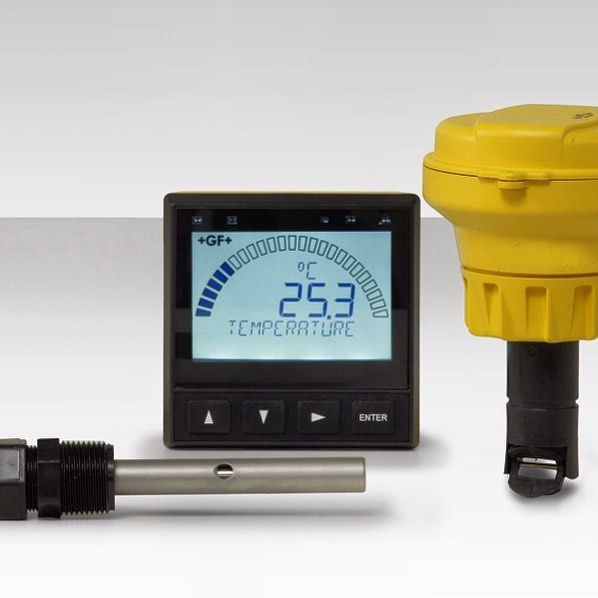 The Signet 9900 Transmitter provides a single channel interface for many different parameters including Flow pH/ORP Conductivity/Resistivity Salinity Pressure Temperature Level and other sensors that output a 4 to 20 mA signal. The 9900 Transmitter (Generation II) has the added capability of supporting the Batch Module for batching control.  The extra large (3.90 x 3.90) auto-sensing backlit display features at-a-glance visibility that can be viewed at 4-5 times the distance over traditional…