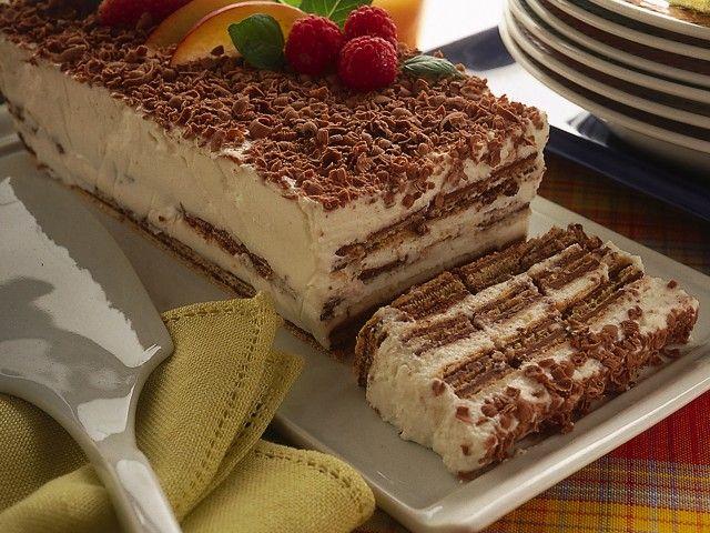 Wafers alla crema : Scopri come preparare questa deliziosa ricetta. Facile, gustosa e adatta ad ogni occasione. Questo dolce/dessert ha un tempo di preparazione di 20 minuti.