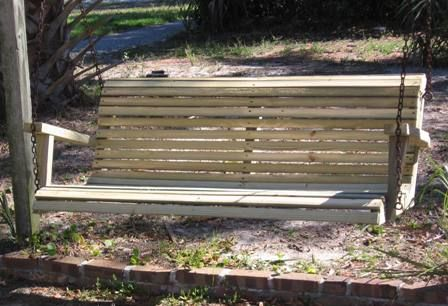 How to build a swing bench woodworking projects plans for How to build a porch swing