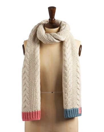 Joules null Mable Cable Scarf, Creme.                     Wool-rich and cold weather-ready. This scarf comes with more than a touch of texture and is tipped with contrast colours for personality. Perfect to pair with the Mable Hat.