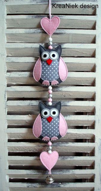 KreaNiek Design: Uiltjes slingers Hmmm .... wonder if I could use the stampin up owl punch shapes to make a felt owl?  Must try it.