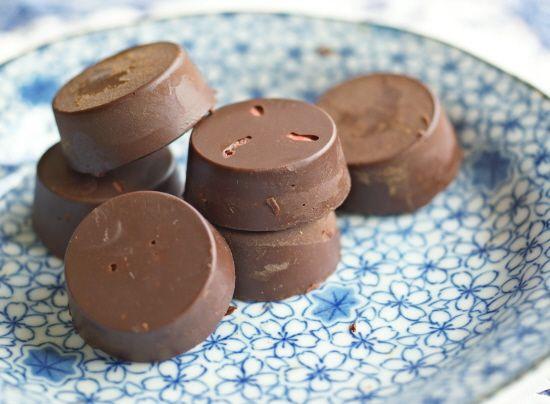 So Easy Orange-Goji Chocolates