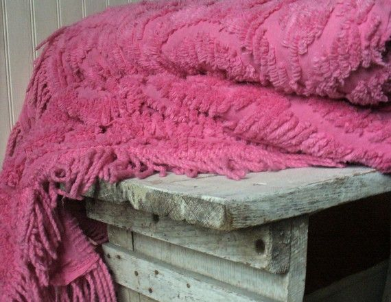 RESERVED FOR 7Jewels Vintage Chenille Bed by RichardandRuthie