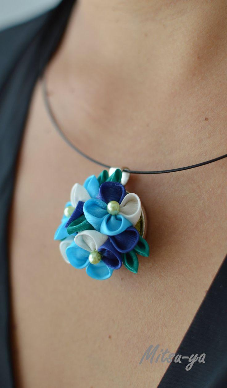 Tsumami kanzashi flower necklace Hydrangea / blue by Mitsuya