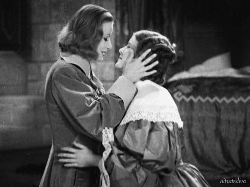 nitratediva:  Greta Garbo and Elizabeth Young in Queen Christina (1933).