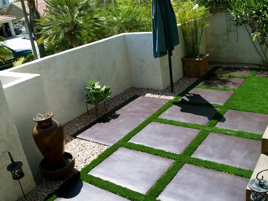 how to create an edge for fake grass on concrete