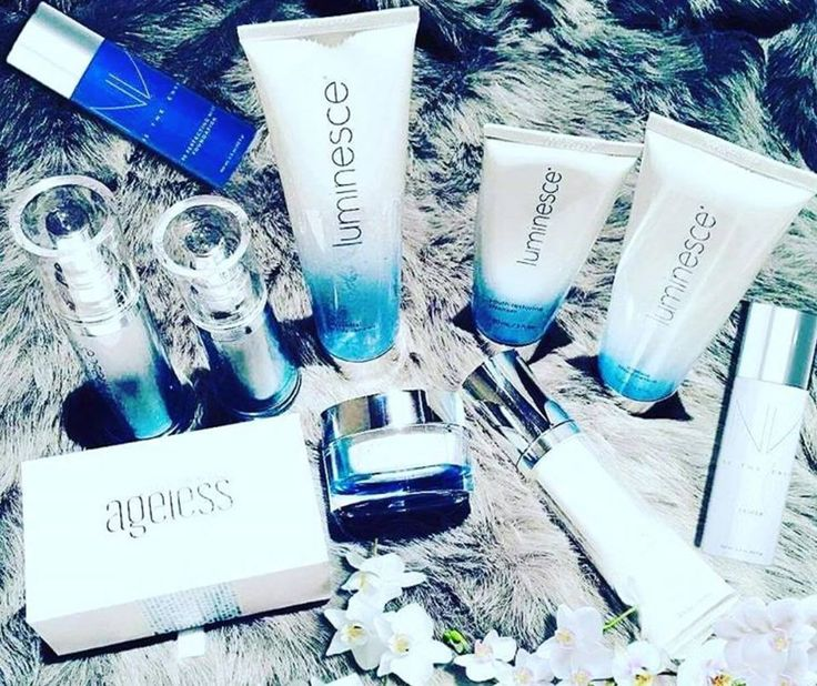 The ultimate collection to maintain your youthful look. ✨ #Luminesce #InstantlyAgeless #BeTheEnvy https://rgr7595.jeunesseglobal.com/ru-RU/