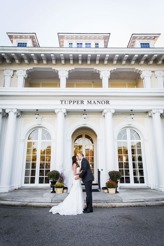 939471548e7e Gorgeous Real Wedding at Tupper Manor at the Wylie Inn and Conference Center  in Beverly