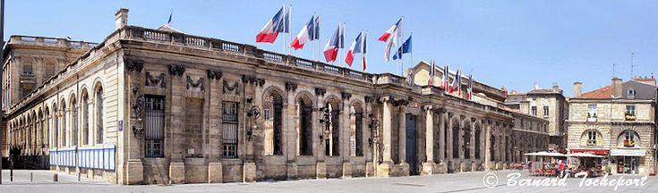 Façade du  Palais Rohan (Mairie de Bordeaux)