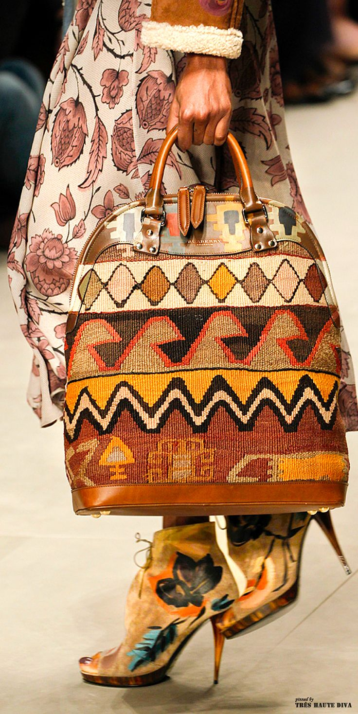TatiTati Style ➳➳➳ Burberry Prorsum F/W 2014 - London Fashion Week