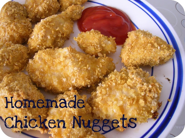 Homemade PRIMAL chicken nuggets (sub almond meal for the corn flakes ...
