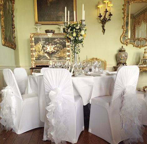 A Guide to Wedding Chair Sashes and Bows