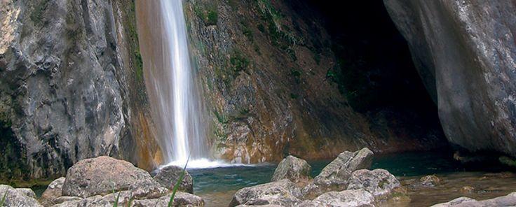 Cascada Del Torrent Dels Empedrats. El Berguedà.