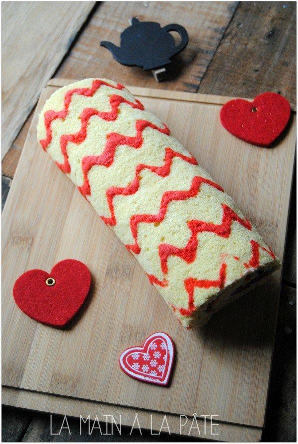 Gâteau roulé motif chevrons