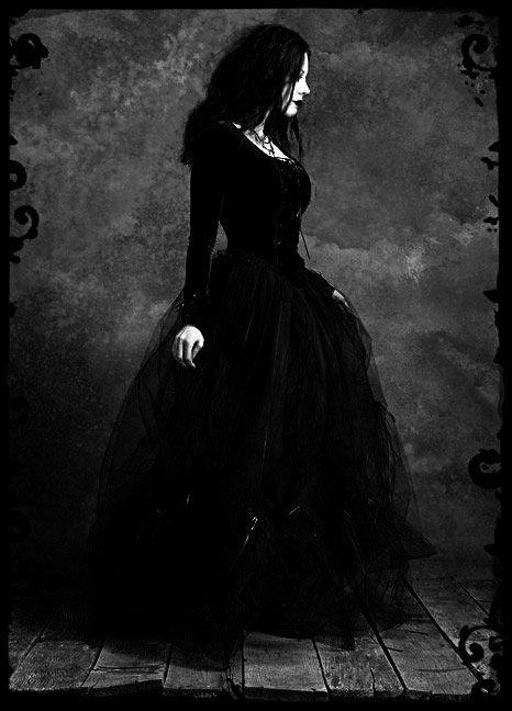 gothic dresses | Tumblr