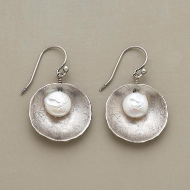 DIY Jewelry Idea or beaded circles behind