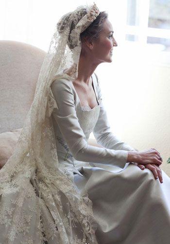 Una fotgrafa retrata las bodas de las nias-novias en