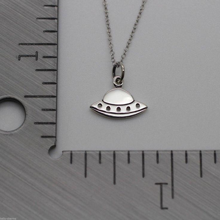OVNI collar plata 925 platillo volador encanto por HelloCharmsHQ