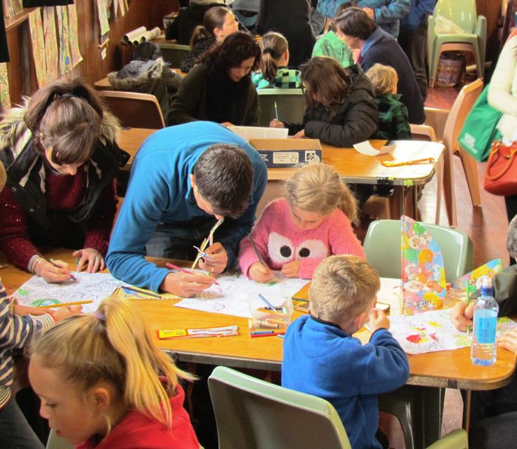 Kids drawing and plane flying competitions