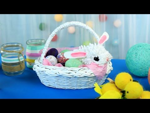 This DIY Easter basket you can use as a holiday interior decoration or put Easter cakes and decorated eggs inside! #diybasket #Eastercrafts #interiordecoration