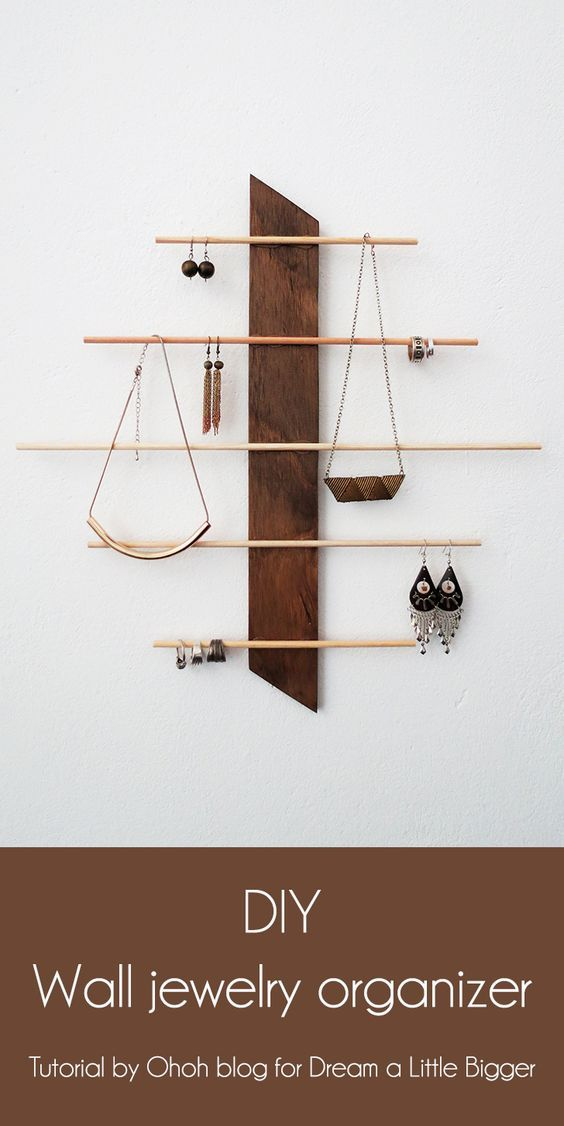 15 Cute DIY Hanging Jewelry Holders That