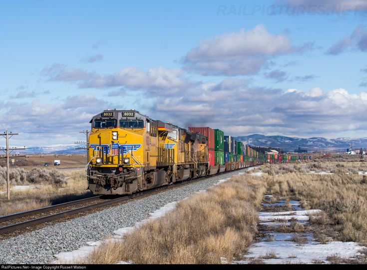 RailPictures.Net Photo: UP 8032 Union Pacific GE ES44AC at Michaud, Idaho by Russell Watson