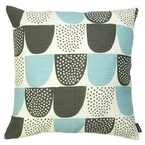 Japanese-inspired pillow case from Finland