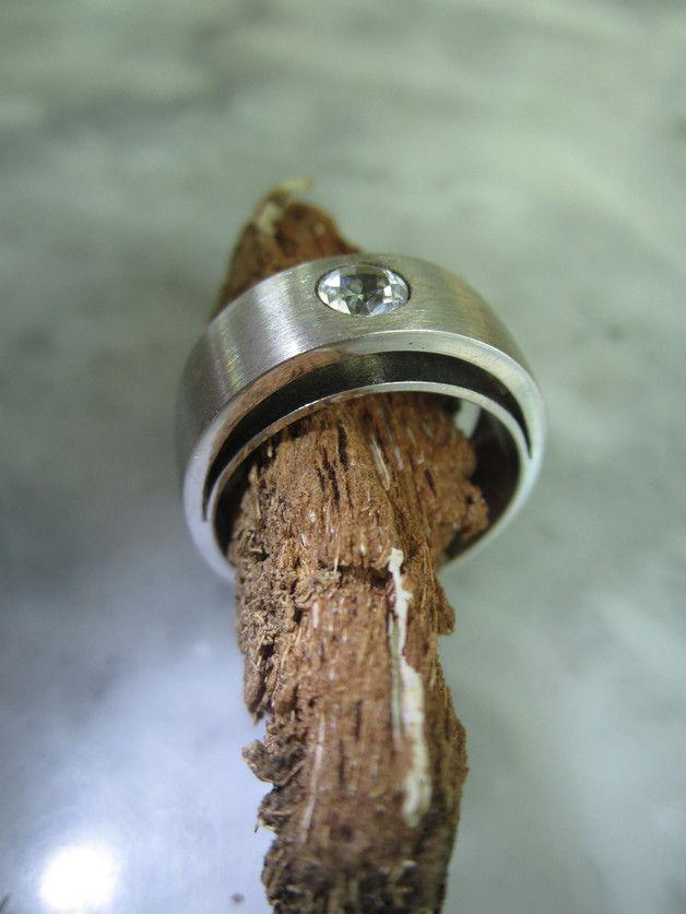 Bandringe - Armband Kette Solitär Mondstein Ring Gold Luxus - ein Designerstück von TOMKJustbe bei DaWanda