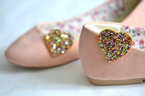Mini Schuh Clips Herzen Konfetti von Polly McGeary ♥ Handmade accessories ♥ auf DaWanda.com