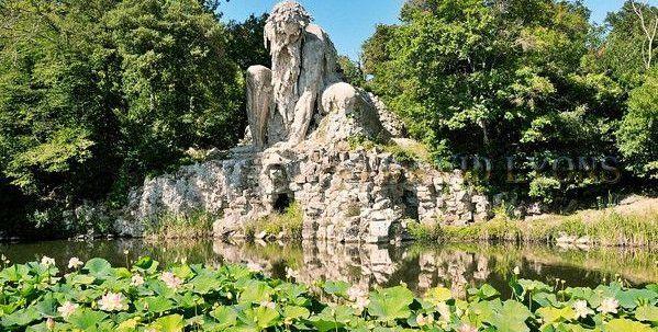 Colosso dell'Appennino: la misteriosa e gigantesca scultura metà uomo, metà montagna