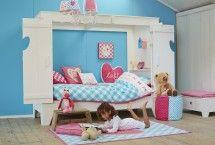 Wit kinderbed | mooie houten bedstee (nieuw!) | leuk voor een meisjeskamer #kinderbed #bedstee #wit via ZOOK.nl