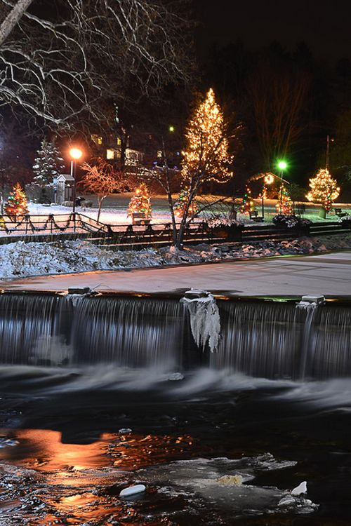 Christmas in Chagrin Falls, Ohio, USA - Went here with my Aunt & Uncle at Thanksgiving, they had the town all decorated for Christmas! Loved it!!