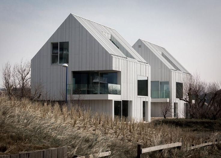 White aluminium panels give a ridged texture to the walls and rooftops of these houses: http://www.dezeen.com/2015/04/27/buro-ii-archi-i-blanco-oostduinkerke-residence-twin-duplex-houses-belgium-coast-pitched-roof/ …