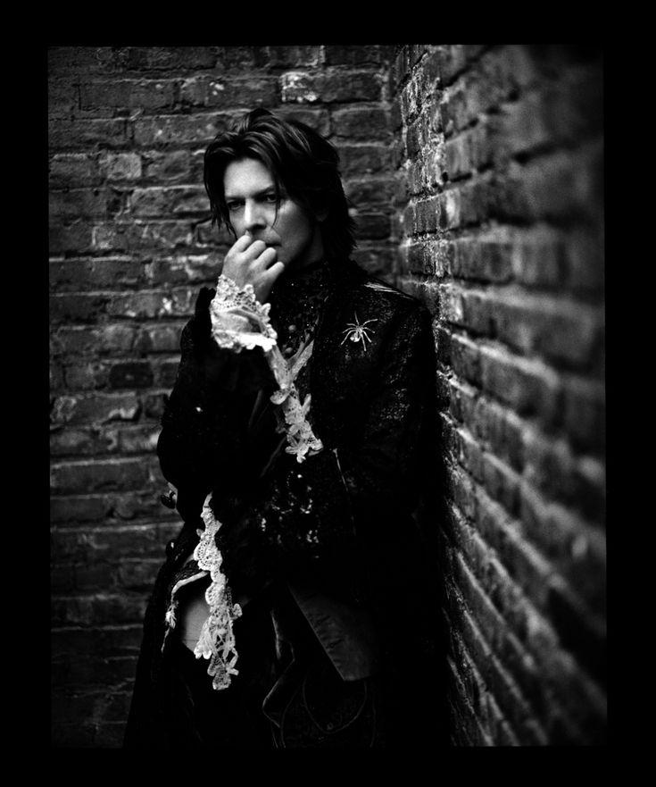 David Bowie, Nueva York, 1999. | 14 retratos increíblemente hermosos de celebridades