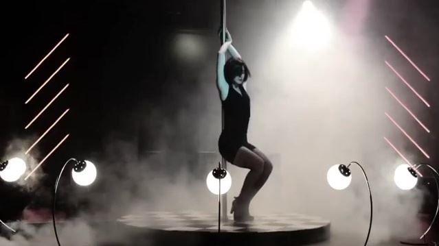 """Nesrin Cevadzade'den olay yaratan seksi direk dansı  """"Nesrin Cevadzade'den olay yaratan seksi direk dansı"""" http://fmedya.com/nesrin-cevadzadeden-olay-yaratan-seksi-direk-dansi-h26403.html"""