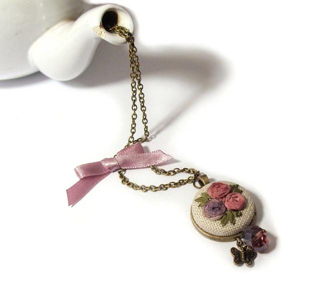 ribbon embroidery - my work  http://xszemkozt.blogspot.com