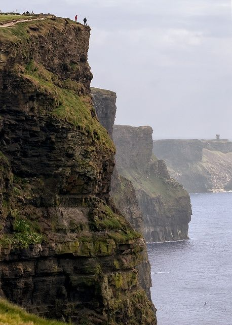 The Cliffs of Moher rise 213 meters above the Atlantic Ocean and stretch for eight kilometers.