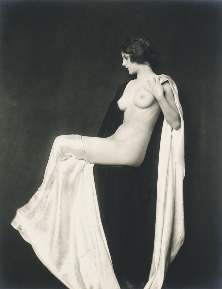 Nude with Drapery (possibly study of D. R.) by Alfred Cheney Johnston / American Art